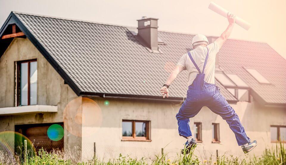 Viete, ako správne vybrať stavebnú firmu? Poradíme vám ako na to